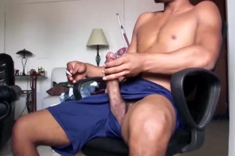throbbing Dicked handsome Latino man Is Working His big Load